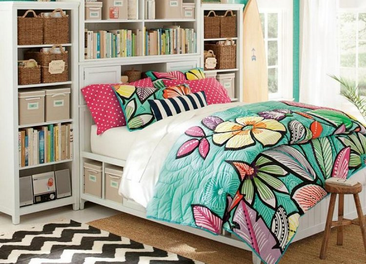 cute-colorful-floral-pattern-girl-teen-bedding-teen-bedroom-decoration-ideas-wooden-bed-with-book-shelves-blue-spring-floral-girls-bedding-colorful-teen-bedding-decorating-bedroom-beautiful-colorful
